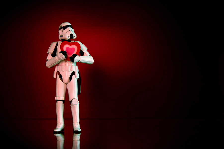Photo of a stormtrooper holding a heart